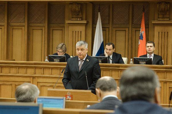 Подмосковные народные избранники  посоветовали  поднять  земельный налог для дачников